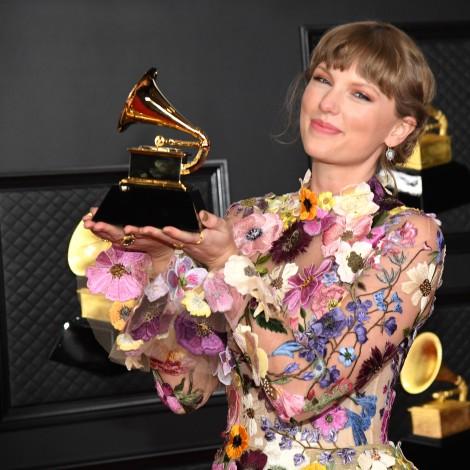 TAYLOR SW Los Grammy 2021